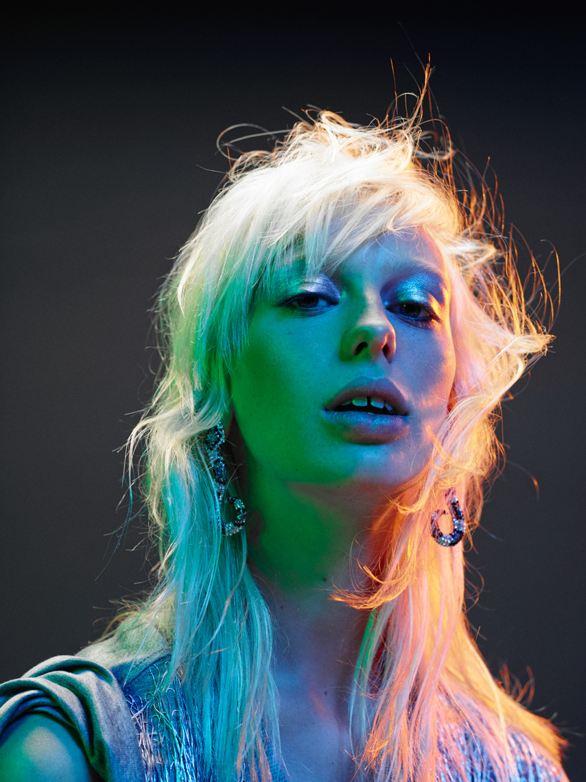 Lili Sumner for VogueNL by Marc de Groot-09