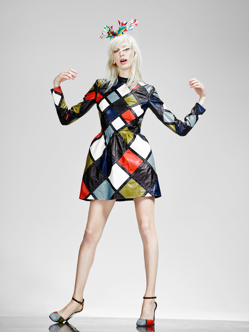 Lili Sumner for VogueNL by Marc de Groot-10
