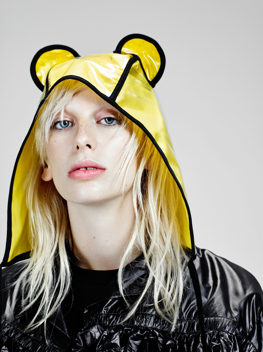 Lili Sumner for VogueNL by Marc de Groot-11