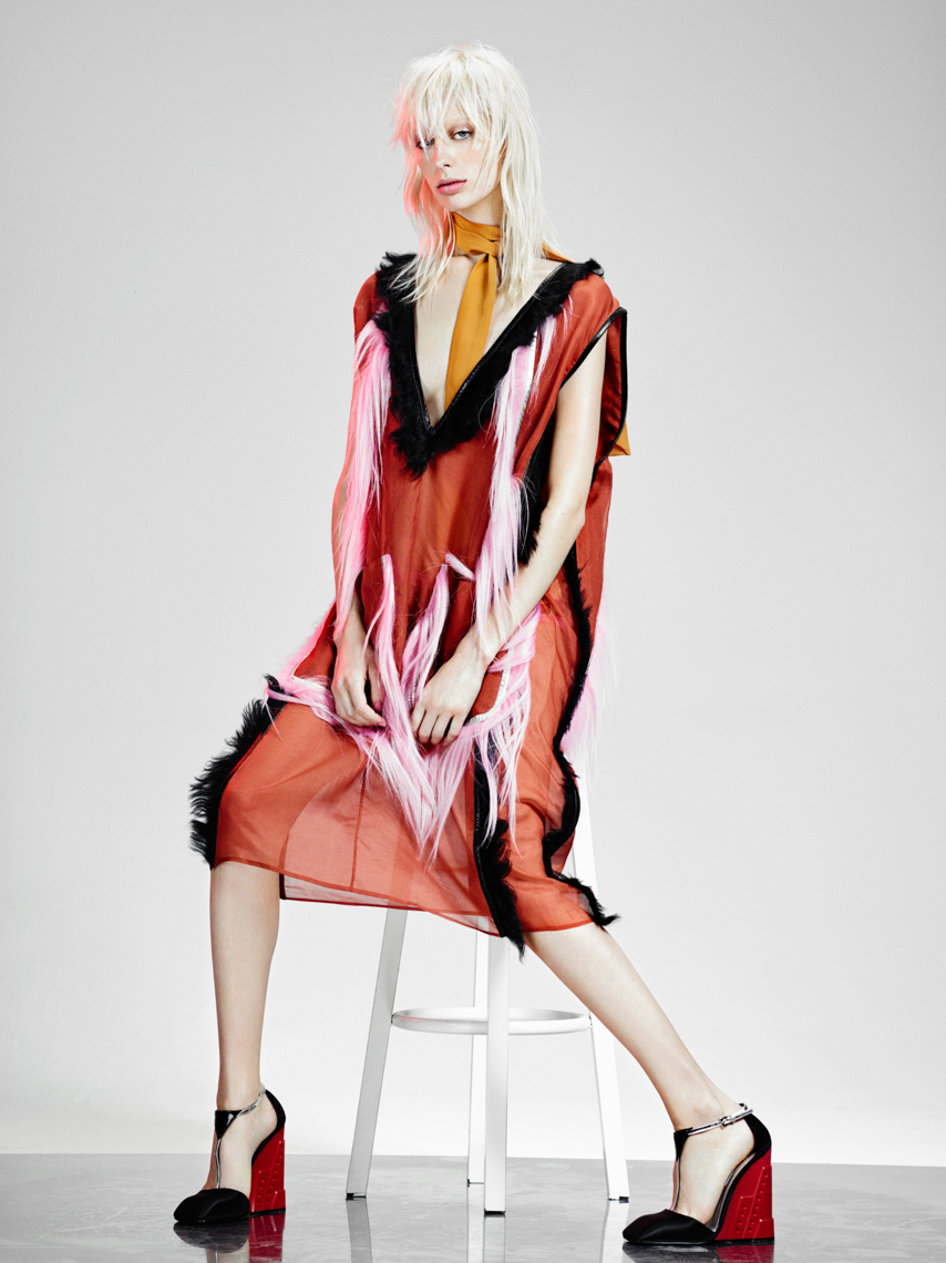Lili Sumner for VogueNL by Marc de Groot-12