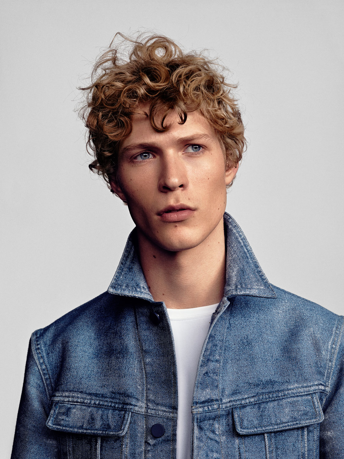 Sven de Vries for Vogue Man NL by Marc de Groot
